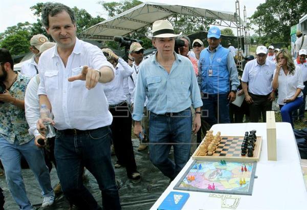 El Gobierno colombiano responsabiliza a las FARC de retraso en la construcción de zonas de reunión