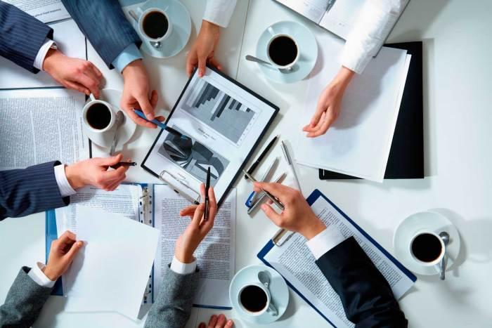 MinComercio elimina requisito de matrícula mercantil a pequeñas empresas jóvenes.