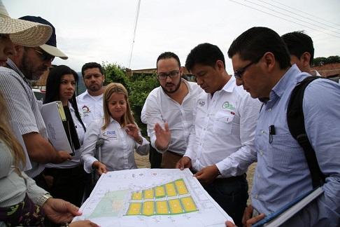 Ministra De Vivienda Visito Las Obras De Planta De Tratamiento De Agua Potable Y La Construcción De Las Casas Para Mocoa