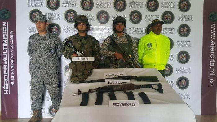 Depósito ilegal con insumos para el procesamiento de clorhidrato de cocaína y material de guerra, fue destruido por las Fuerzas Militares en Putumayo