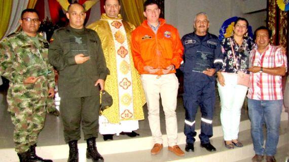 Reconocimiento al servicio humanitario de las instituciones que prestaron su ayuda en la tragedia del 31 de marzo.