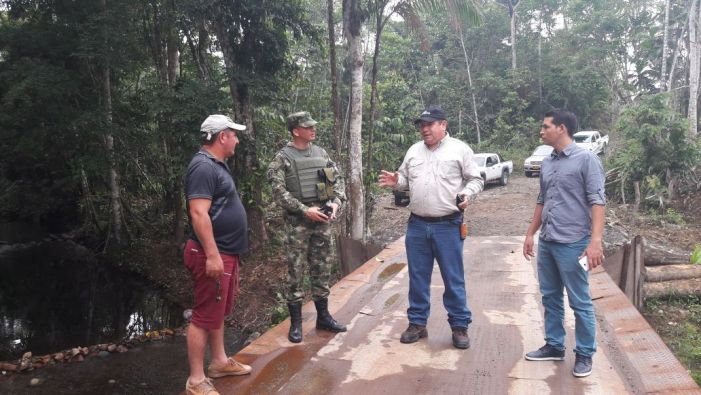 Beneficiadas 25 familias del sur del Putumayo con puente instalado por soldados