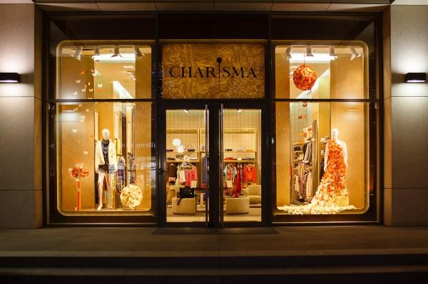 Store Window Display Design