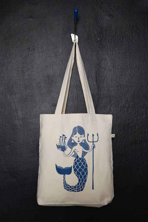 typokomio's tote bags on Behance