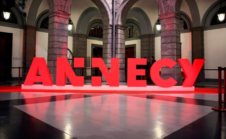 city-of-annecy-new-brand-design-grapheine-12