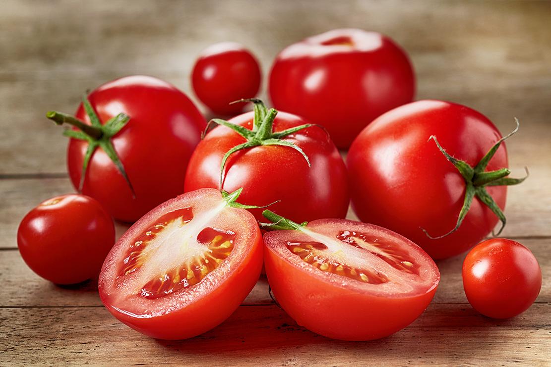Tomato sauce on Behance