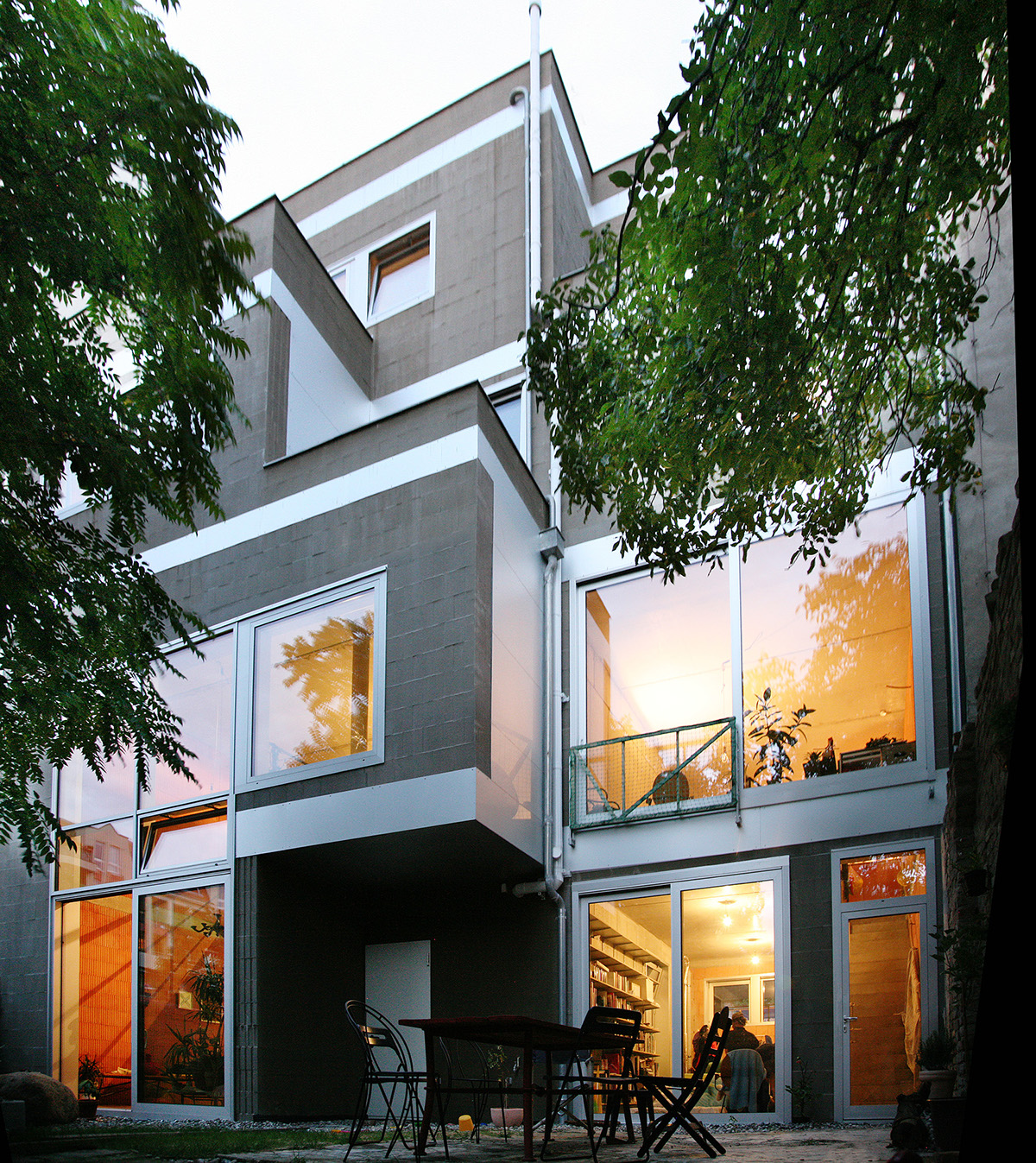 Stacked House Berlin, Weissensee on Behance