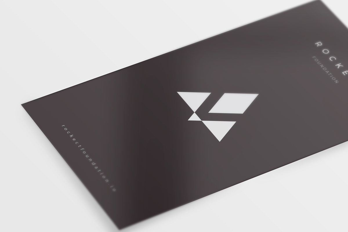 8 Free Clean Business Card Mockups Part #2 PSD On Behance