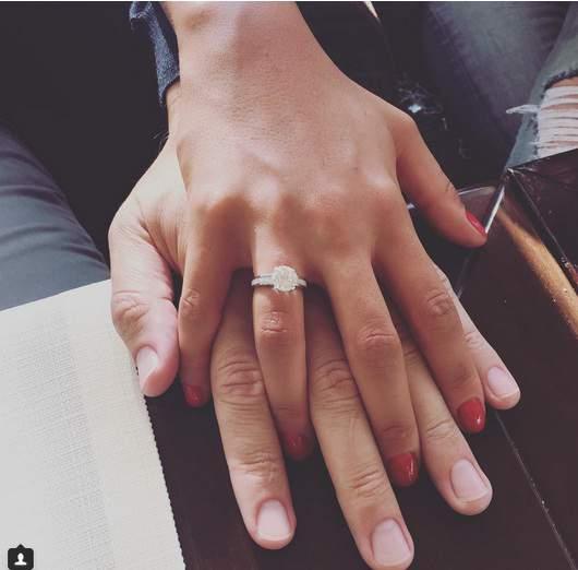 Санта Димопулос выходит замуж в третий раз