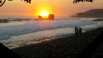 Sunset in Playa El Tunco El Salvador