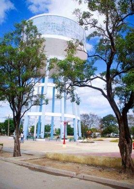 Plaza Cultural Tanque de Buena Vista, proyecto de reanimación cultural y social, construida en esa área, la más populosa del Reparto tunero de Buena Vista, en Las Tunas, Cuba, el 26 de noviembre de 2015. ACN FOTO/ Yaciel PEÑA DE LA PEÑA/