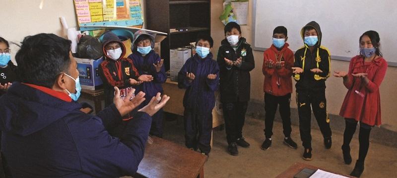 Cinco regiones se resisten a volver a las aulas ante la alerta de los Sedes
