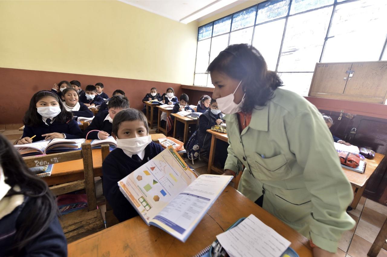 En el país, el 50% de estudiantes pasa clases a distancia y el 30%, de forma presencial