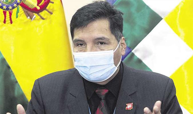 Quelca llama «desubicado» a Camacho por pretender crear una Dirección de Educación