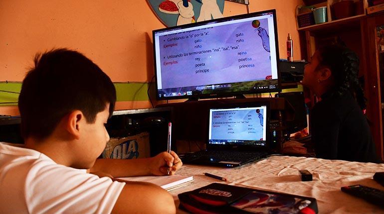 Ministerio de Educación instruye reincorporación de estudiantes que no asistieron el primer trimestre