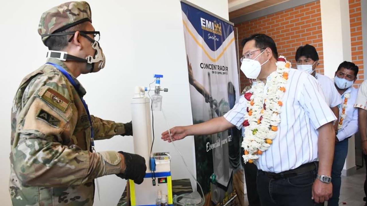 Inauguran campus de la EMI en el Trópico y Arce les sugiere formar ingenieros químicos