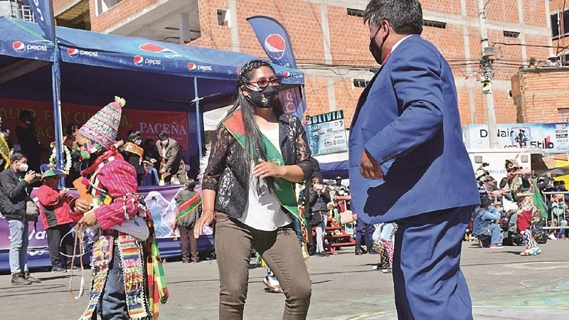 El Alto: Padres de familia denuncian ausencia de Copa para tratar desayuno escolar
