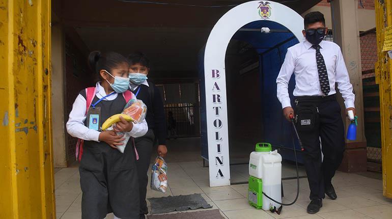 200 escuelas del sur no reciben aún material de bioseguridad