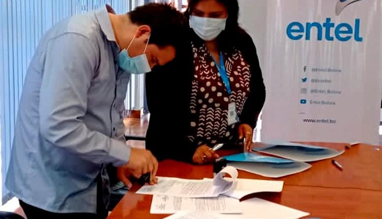 Tarija: Entel rebaja en 20% el costo de paquetes de Teleeducación a estudiantes de Sella Cercado