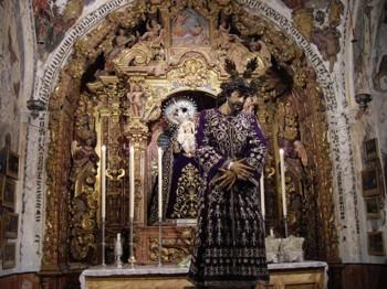 IMÁGENES DEL TRASLADO Y ALTAR DE CULTOS DE NUESTRO PADRE JESÚS NAZARENO