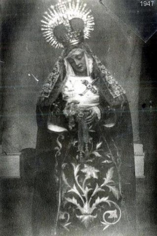 EL BESAMANO A LA STMA. VIRGEN DE LOS DOLORES:  HISTORIA EN  IMÁGENES
