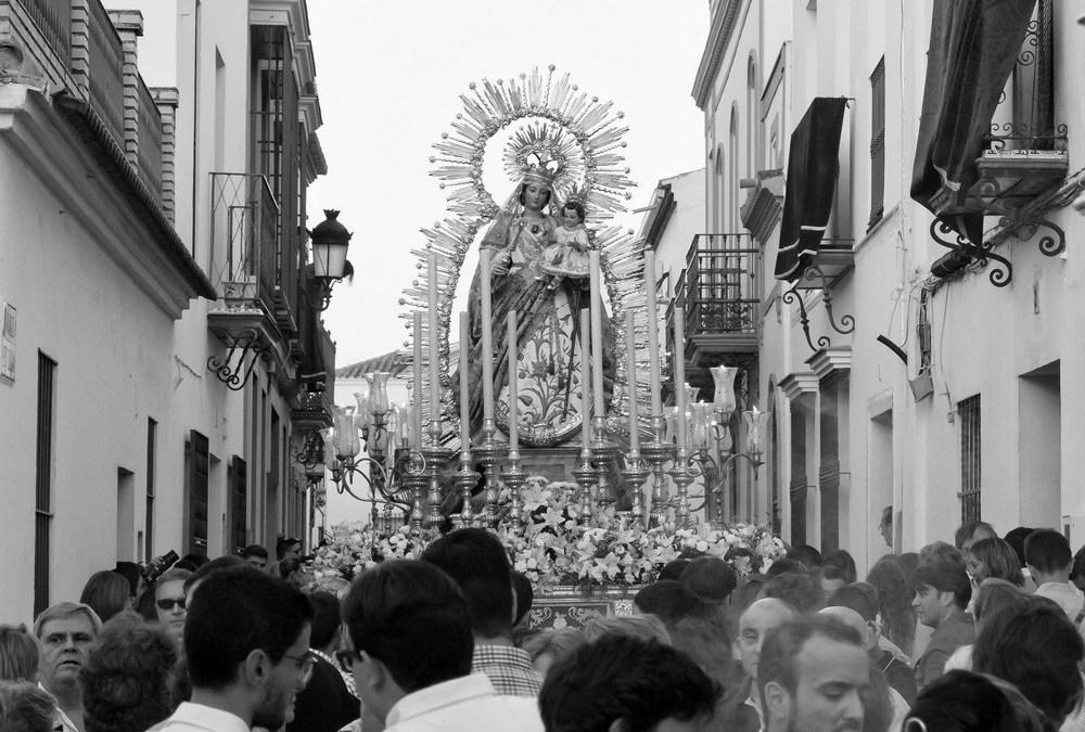 GALERÍA DE IMÁGENES DE LA PROCESIÓN DE LAS NIEVES 2014
