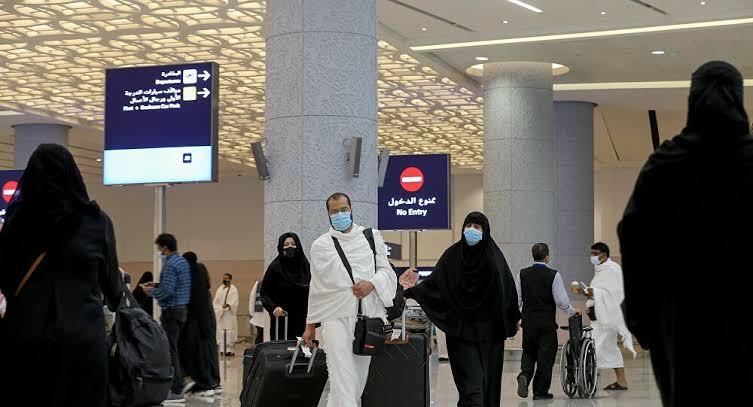 Suudi Arabistan: Pazar gününden itibaren turist kabul etmeye başlanacak