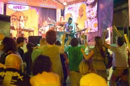 Michel Montecrossa and audience at the Spirit of Woodstock Festival