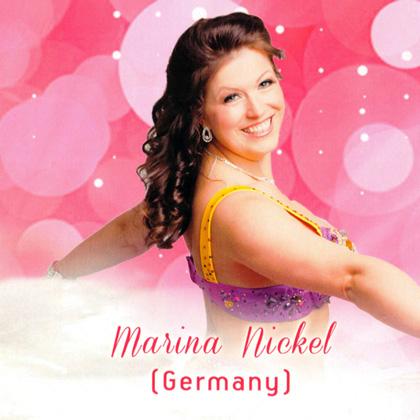 Tänzerin Marina Nickel vom Tanzstudio Miral in Fürstenwalde tritt auf dem Festival Orient Crete auf