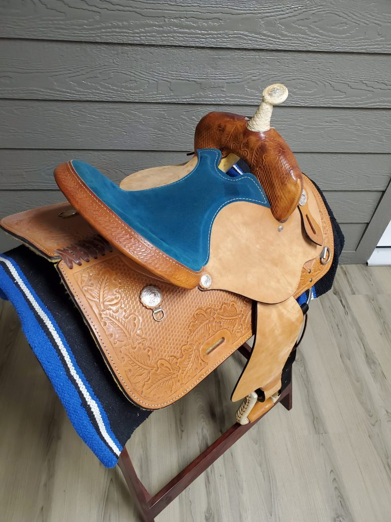 Very Beautiful 15 inch Barrel Saddle for Sale