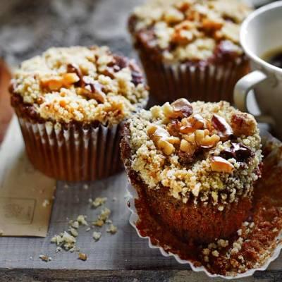 Mocha Walnut Crumble Cupcakes – Sainsbury's Magazine