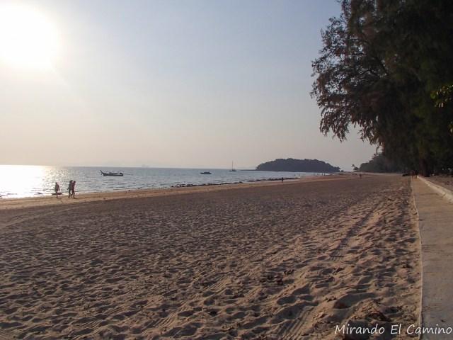 Playa Klong Muang