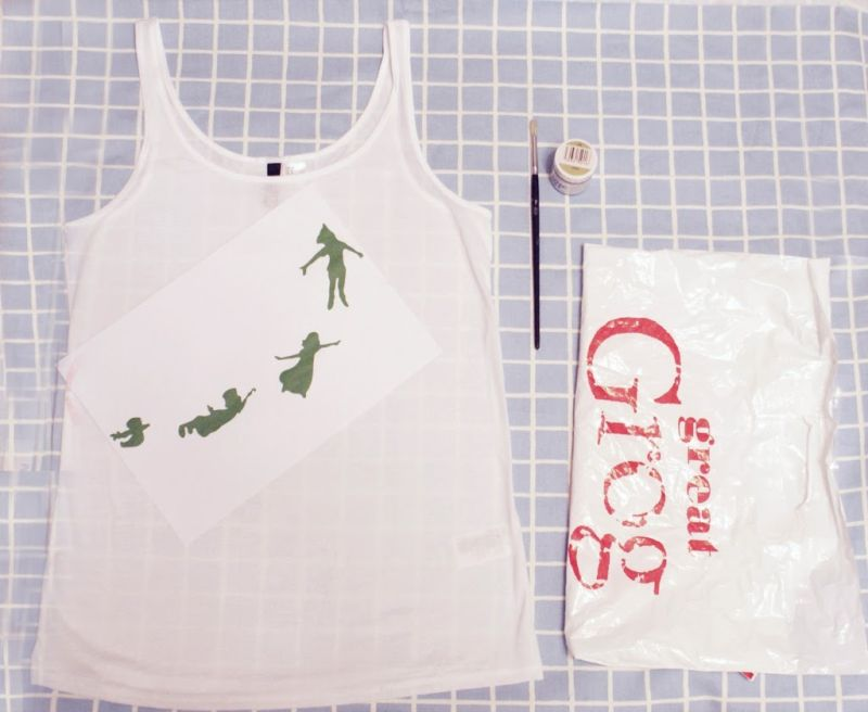 how-to-make-freezer-paper-stencil-template-fabric-t-shirt-tee-tshirt-printing-paint-painting-material-diy-tutorial-how-to-project