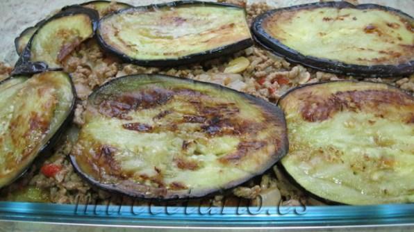 Patata + Berenjena + Carne + Berenjena ...