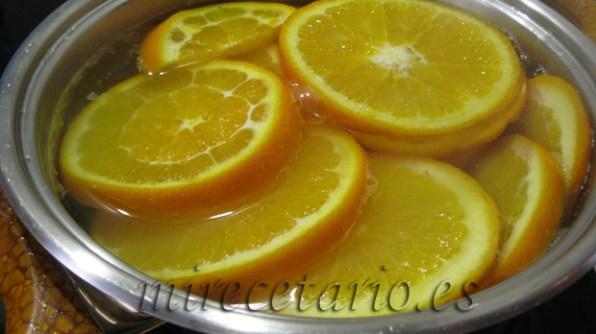 Naranja y solo agua para quitar el amargor.