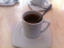 ... eine exquisite heiße Schokolade genießen. (Foto: balkanblogger.com)