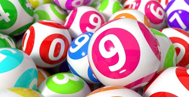 В какой день недели лучше покупать лотерейный билет
