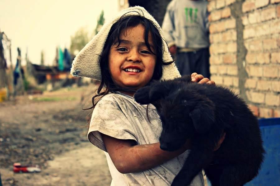 Uno de cada tres menores vive en el umbral de la pobreza