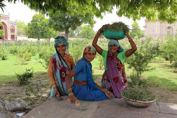 mujeres-indias-trabajando4