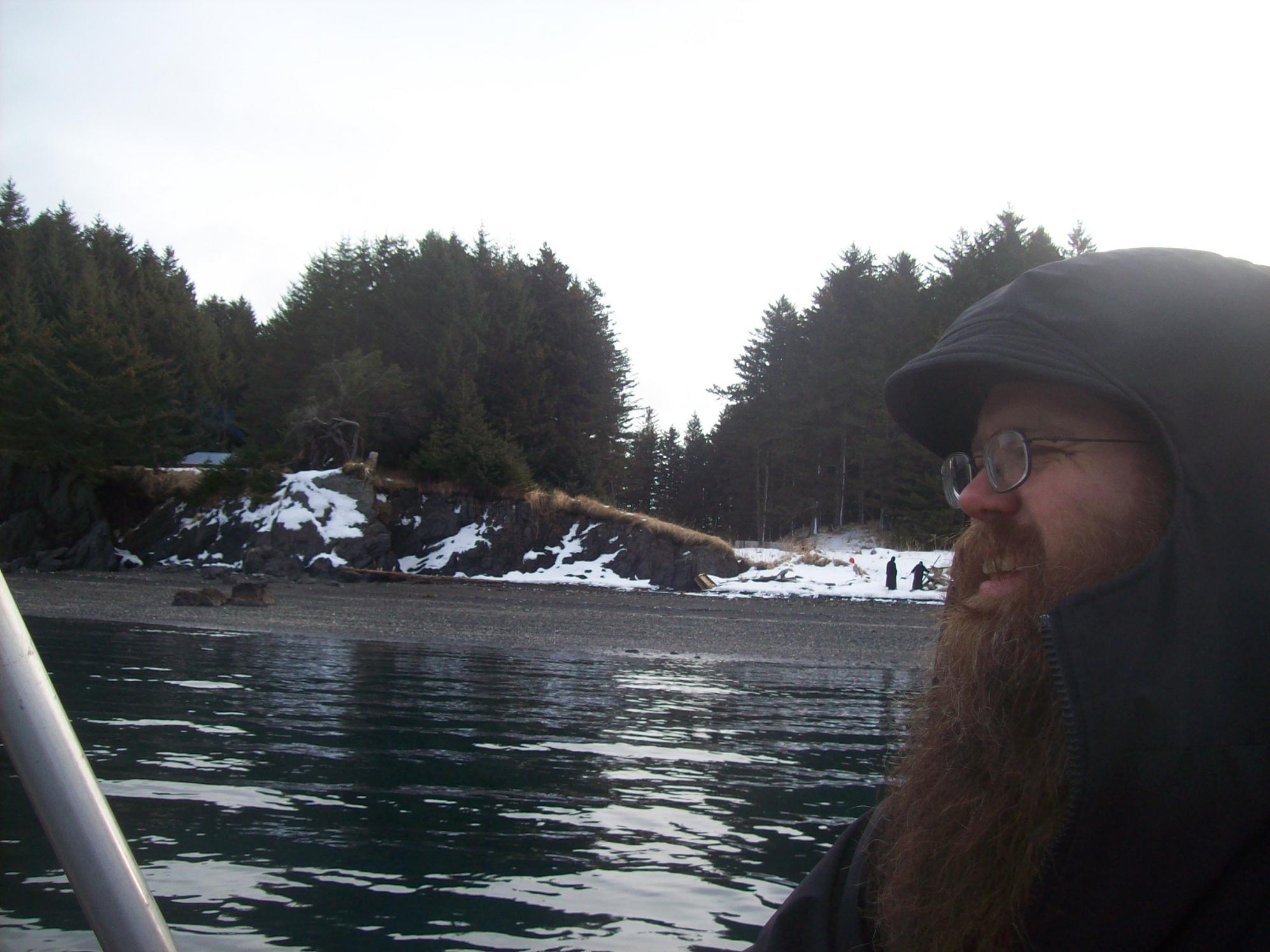 28 P. Adrian de la insula vecina, Spruce Island, Alaska