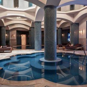 indoor-pool-at-spasteiger