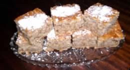 Posni kolač sa jabukama i orasima