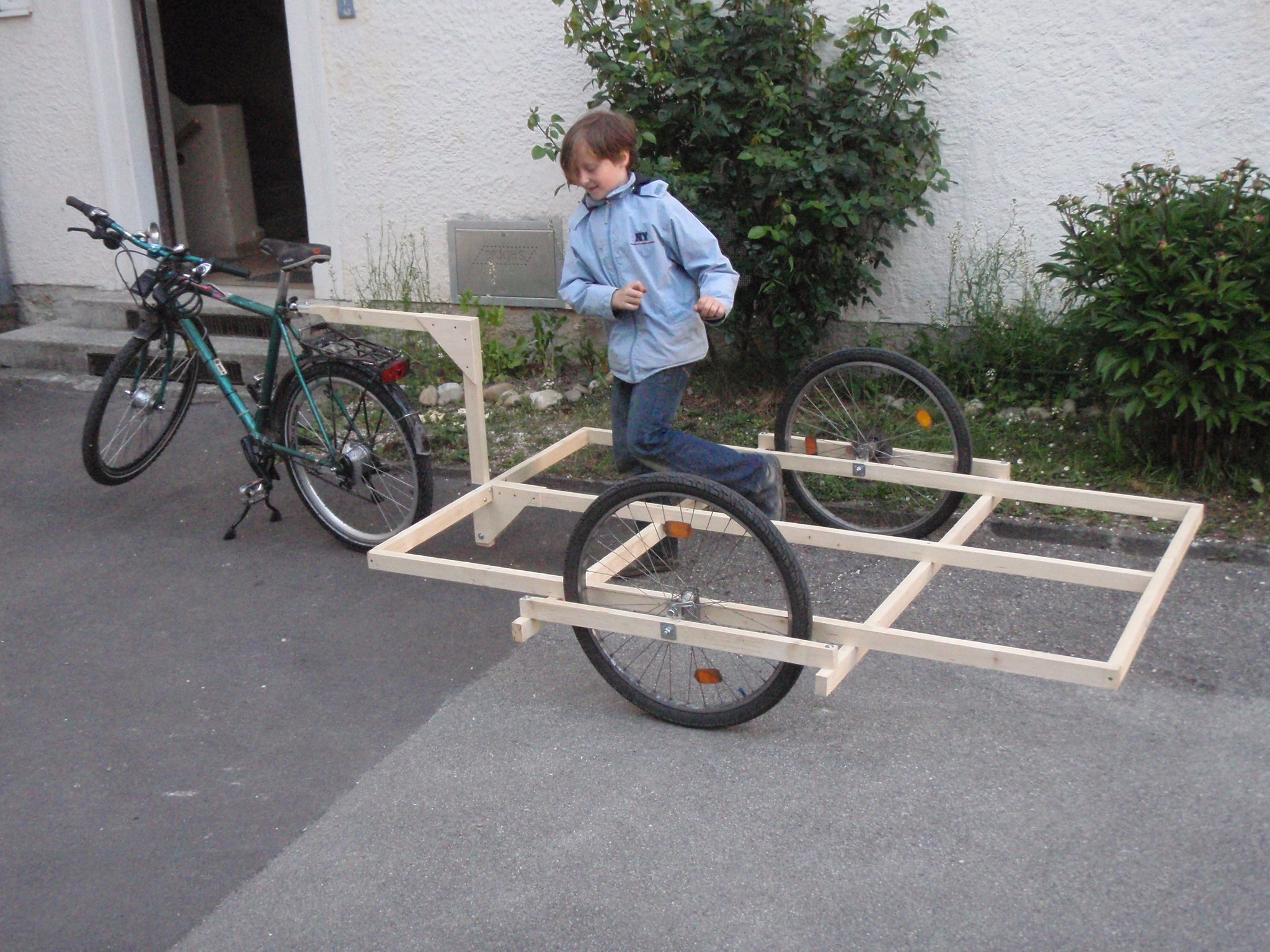 camping dusche selber bauen fahrrad campinganh nger. Black Bedroom Furniture Sets. Home Design Ideas