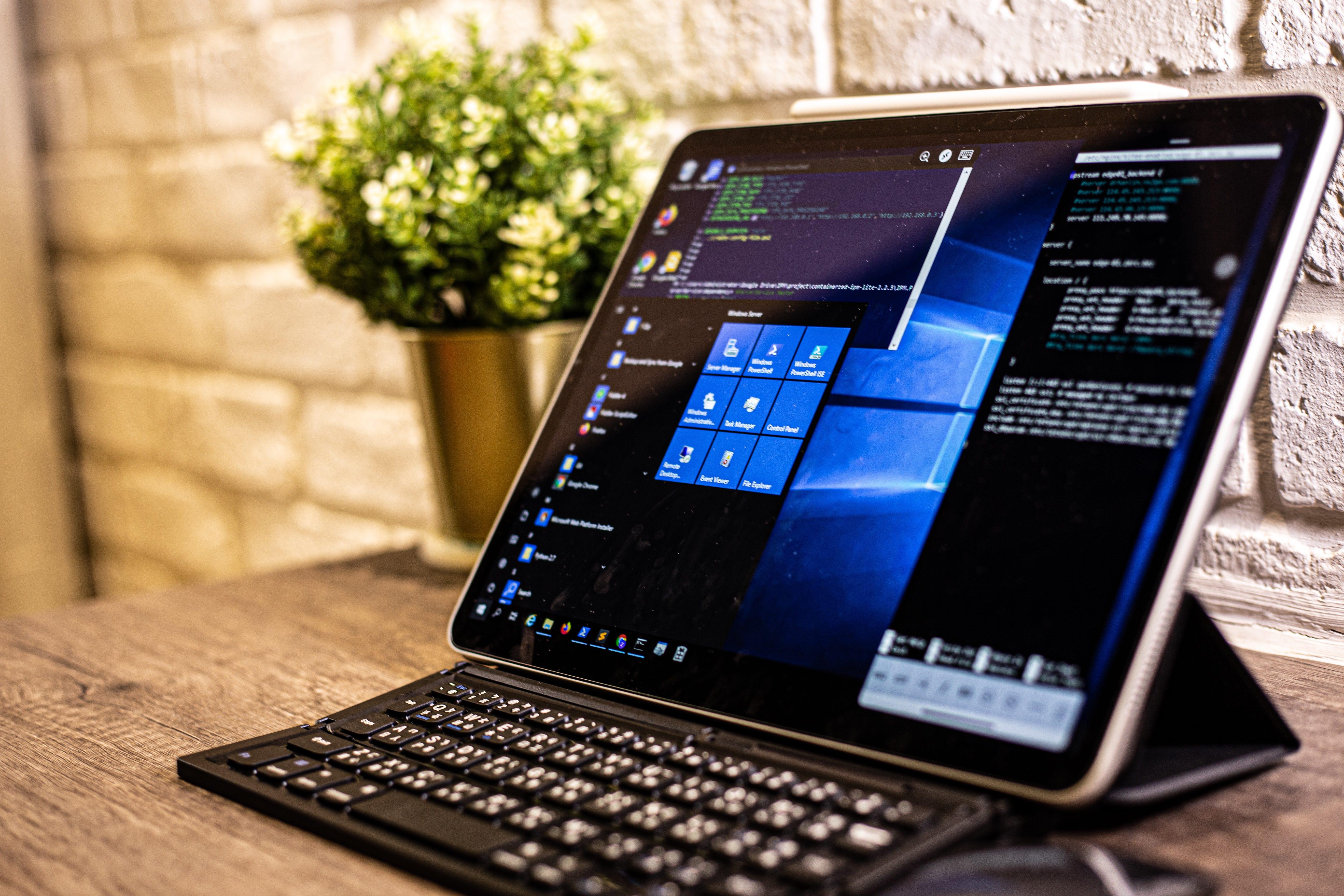 iPad Pro 2020能成為軟體工程師的第二臺電腦嗎?. 工程師的行動辦公室?   by James Shieh   技術保鮮盒   Medium