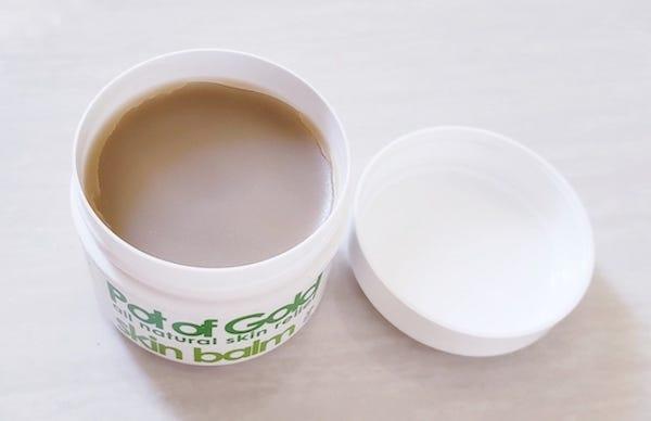 100%天然成份。紓緩濕疹 紐西蘭百年品牌 Pot of Gold 濕疹皮膚軟膏 | by Emily | Medium