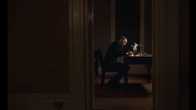 《牧師的最後誘惑》 — 黎明前的黑暗最黑暗 - 我不是貓 - Medium