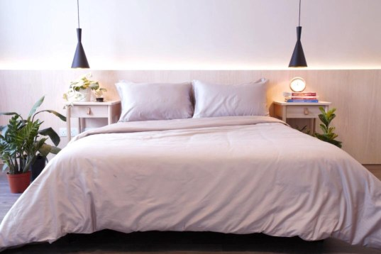 Kapas bed sheet and duvet cover in stone