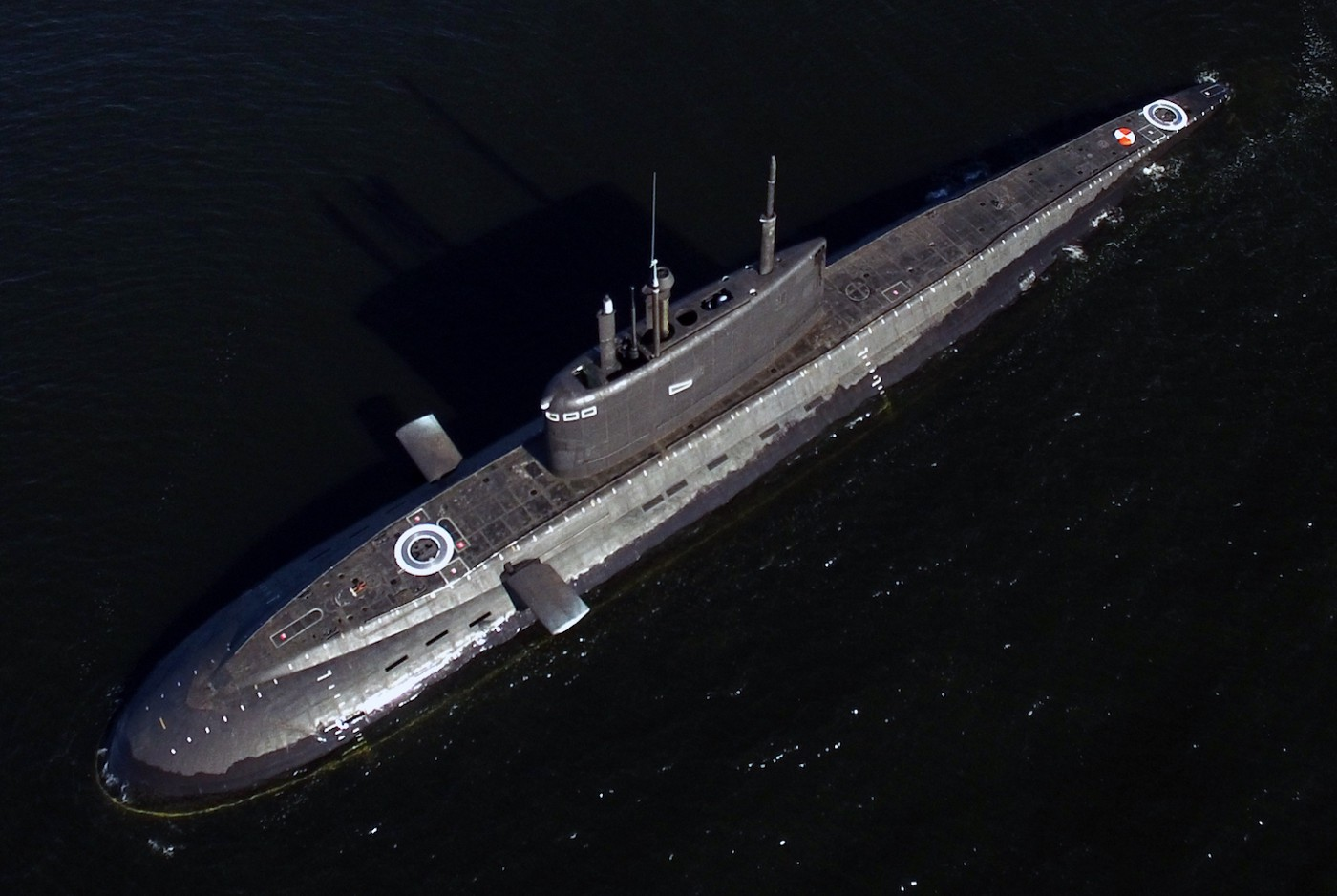 hight resolution of good top view of a russian kilo 636 3 submarine