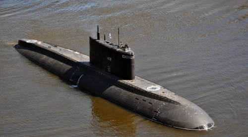 small resolution of a good picture of the russian kilo 636 3 veliky novgorod submarine during its sea trials