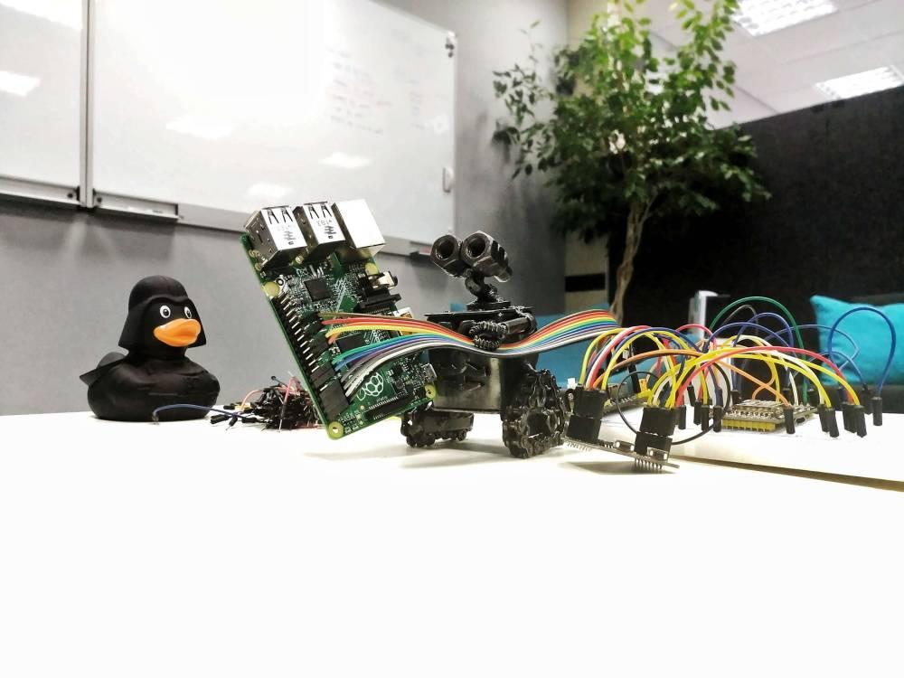 medium resolution of respberrypi powered smart home solution